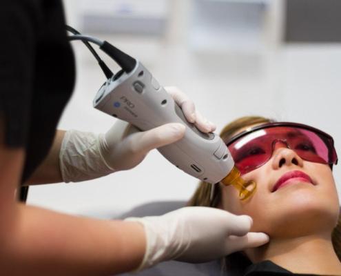 چگونه عملکرد لیزر برای رفع موهای زائد را بهبود ببخشیم؟